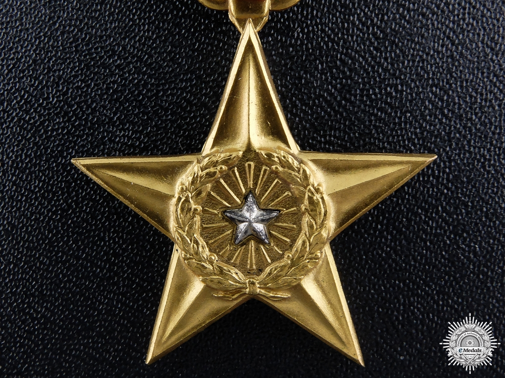 An American Silver Star in Case of Issue