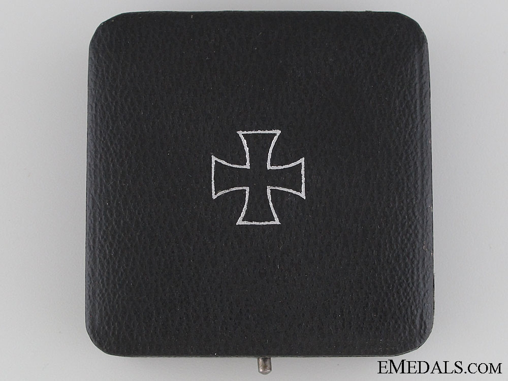 Case for Iron Cross 1st. Class 1939