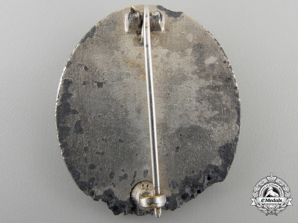 A Recovered Silver Grade Wound Badge