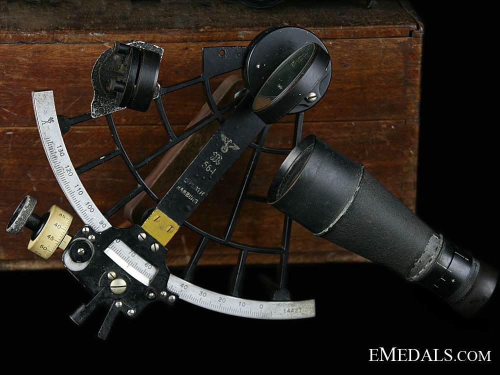 A Complete Trommel-Sextant by C.Plath 1940