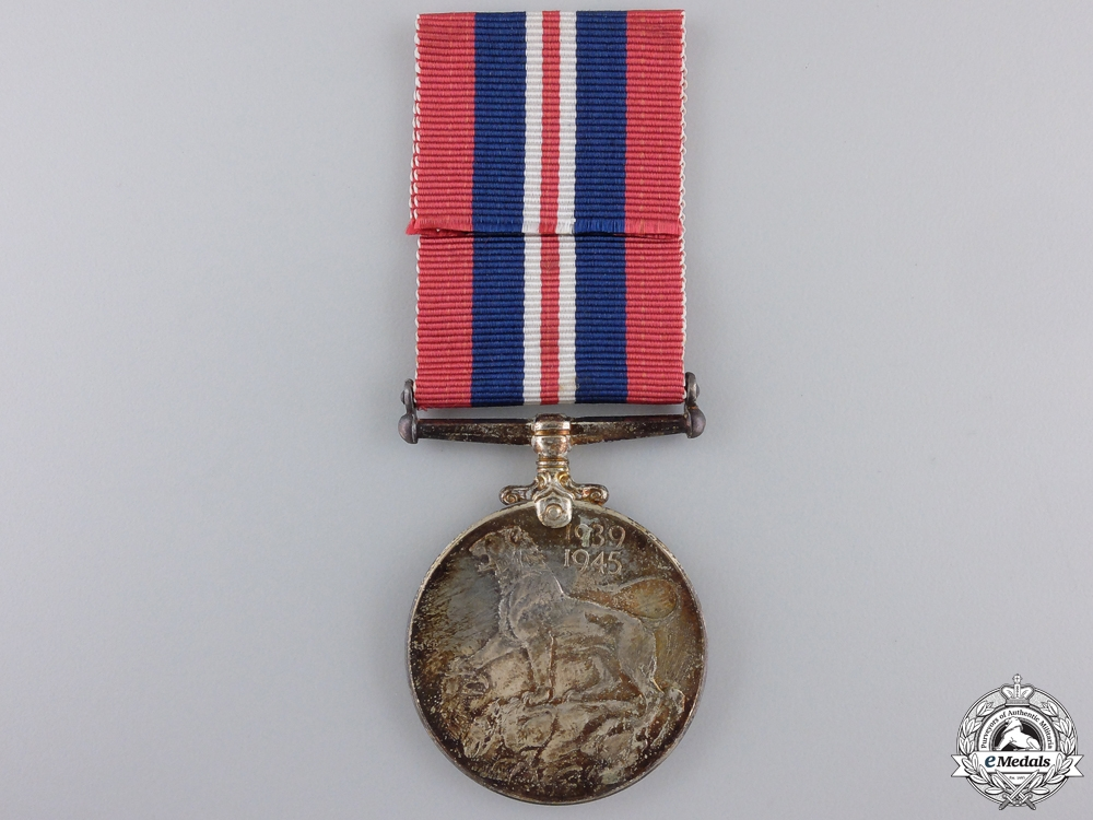 A Second War Canadian War Medal 1939-1945 with Box
