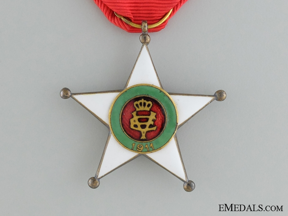 The Colonial Order of the Star of Italy; Knight's Badge
