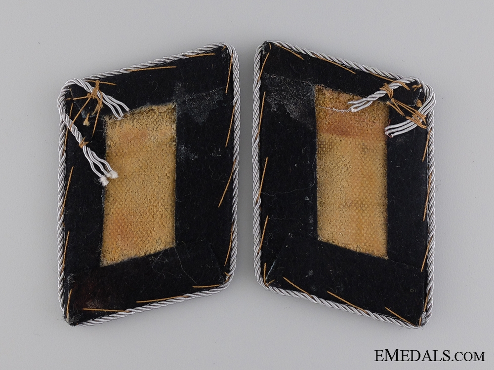 A Luftwaffe Engineer Corps Captain Collar Tab Pair