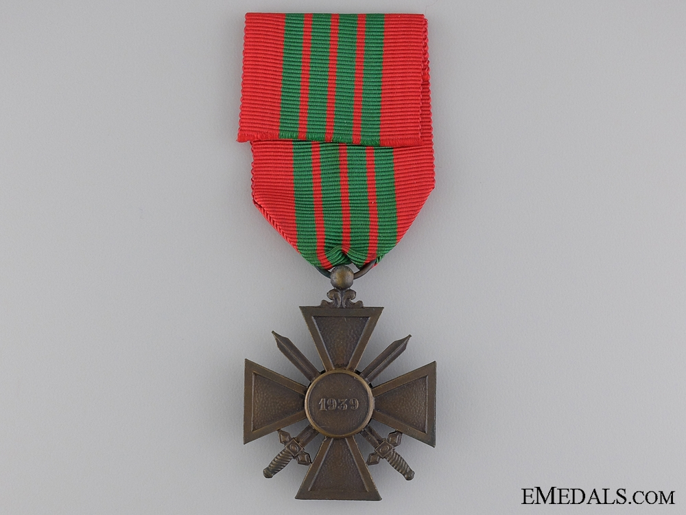 A French 1939 WWII War Cross