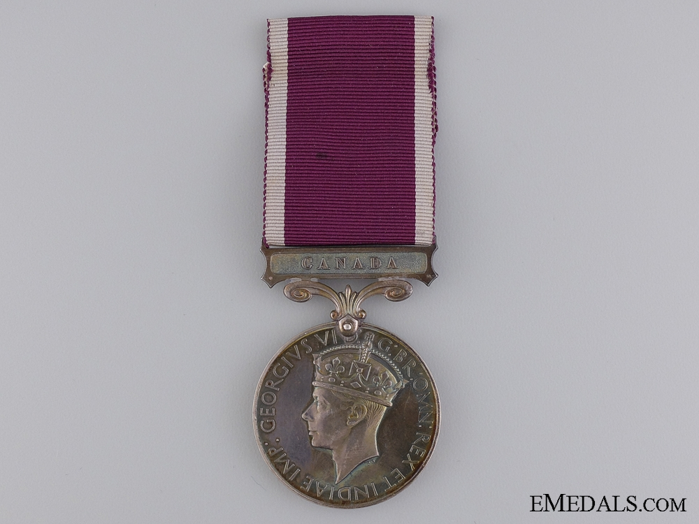 An Army Long Service Medal to the Royal 22nd Regiment