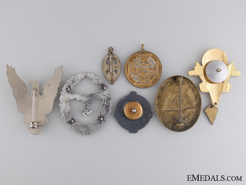 A Lot of Seven European Badges & Awards