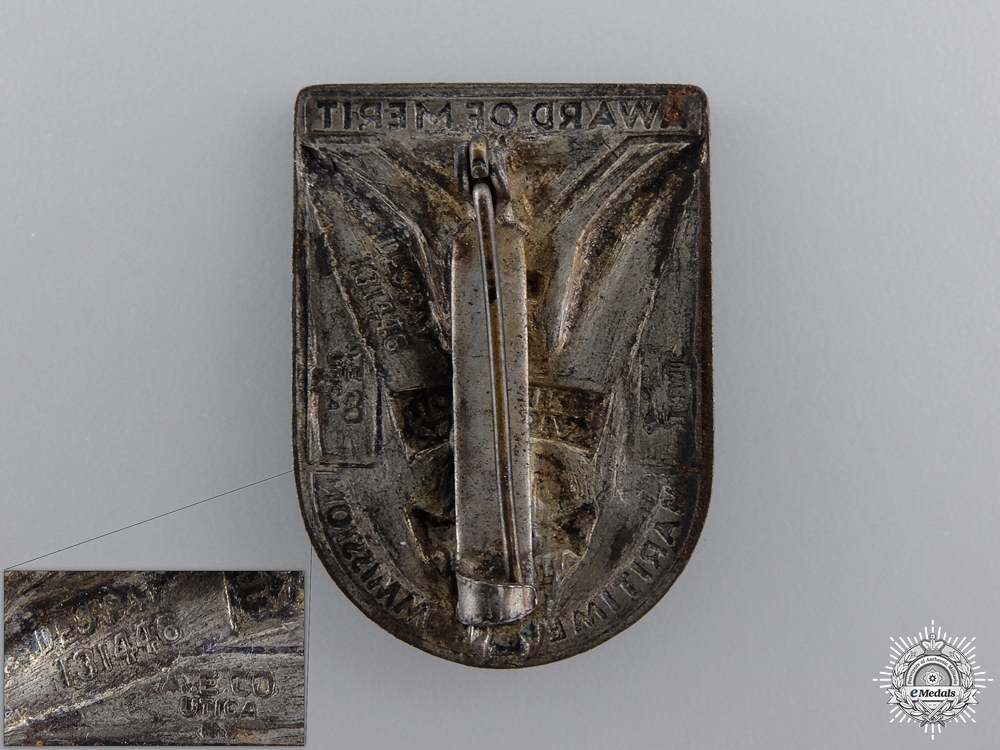 """A WWII US Maritime Commission Award for Merit """"Ships for Victory"""" Badge"""