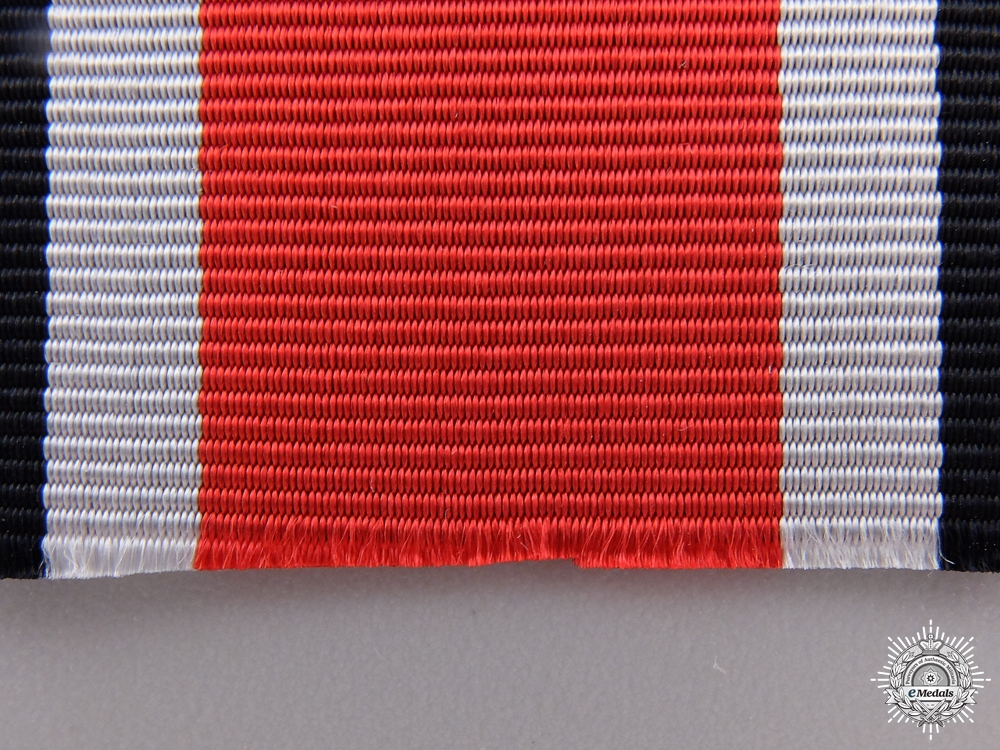 A Long Ribbon for the Knight's Cross; 72cm