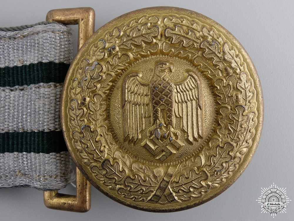 A Scarce Army General's Belt And Buckle