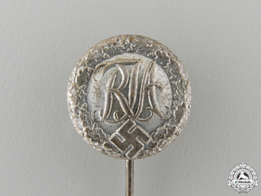 A National Youth Sports Badge Stickpin; Type II