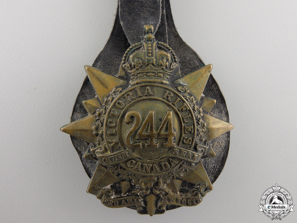 A Rare First War No Knock Out 244th Kitchener's Own Cap Badge