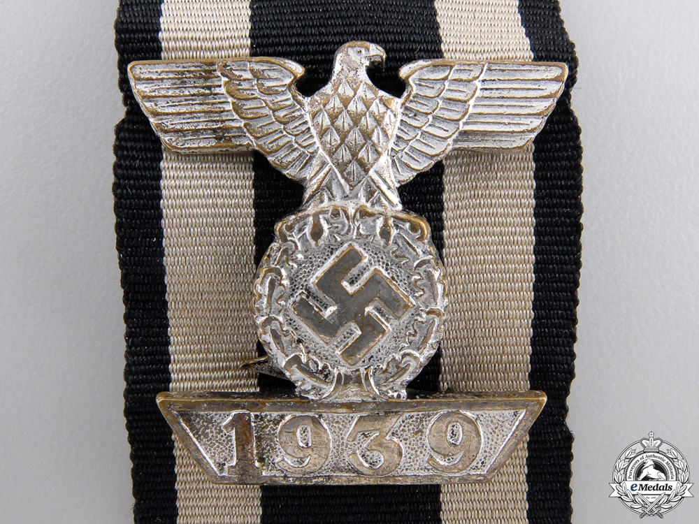 A Clasp to Iron Cross 2nd Class by Wilhelm Deumer