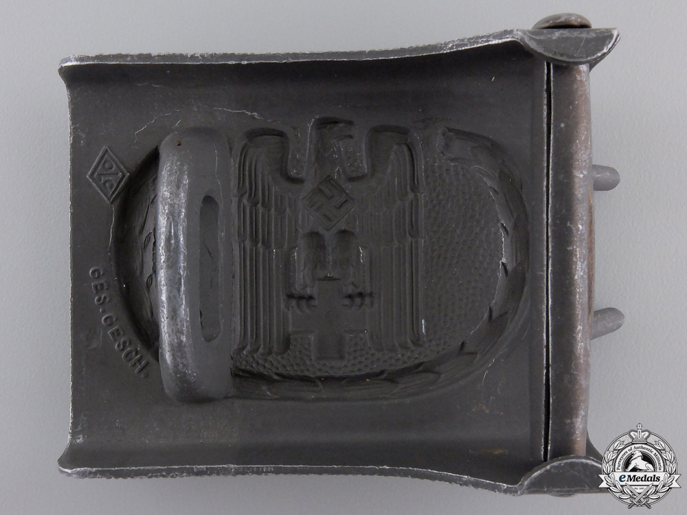 A Red Cross Enlisted Belt Buckle