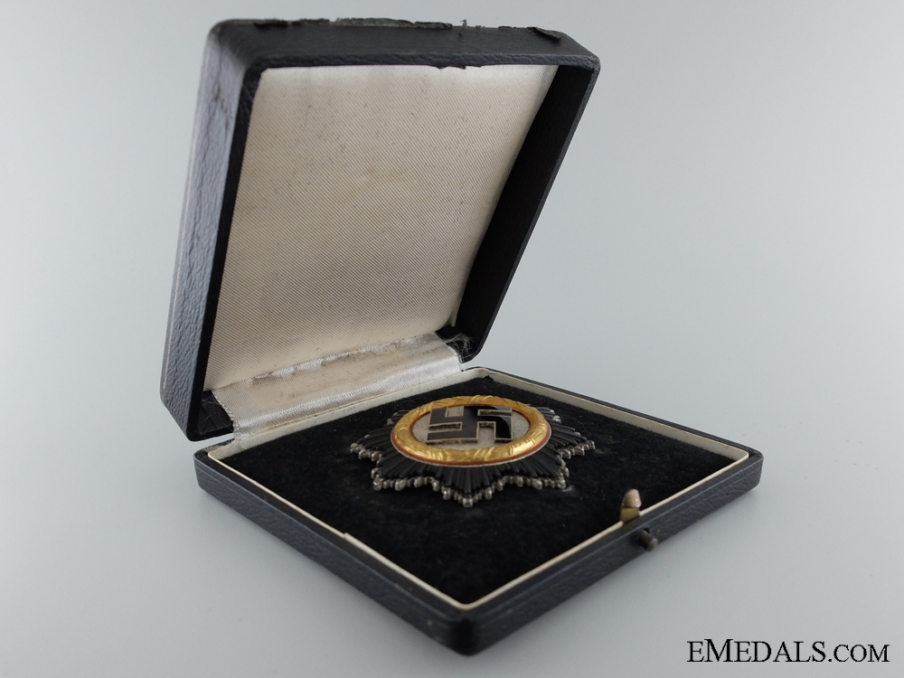 A Cased German Cross in Gold by Otto Klein