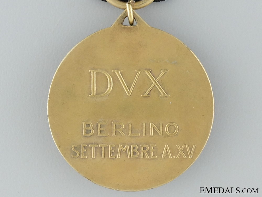 A WWII Commemorative Medal for a Visit to Berlin