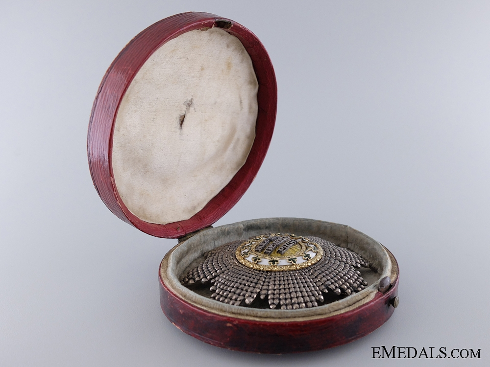 A Fine & Early 1840's Saxon Order of Rue Crown with Case