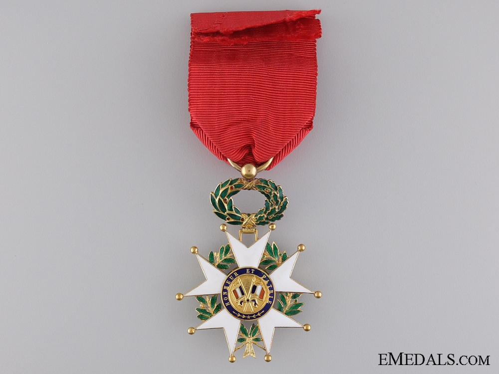 A French Legion D'Honneur by Cartier; Officer's Badge