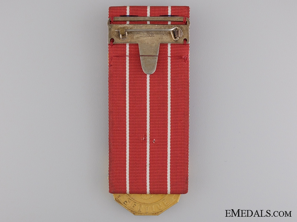 A Canadian Forces Decoration to Sgt. Macguire