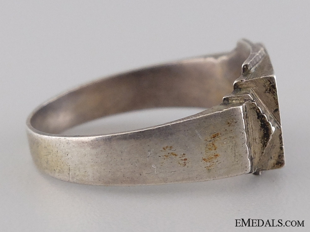 A Silver Afrikakorps Ring; 900 Marked