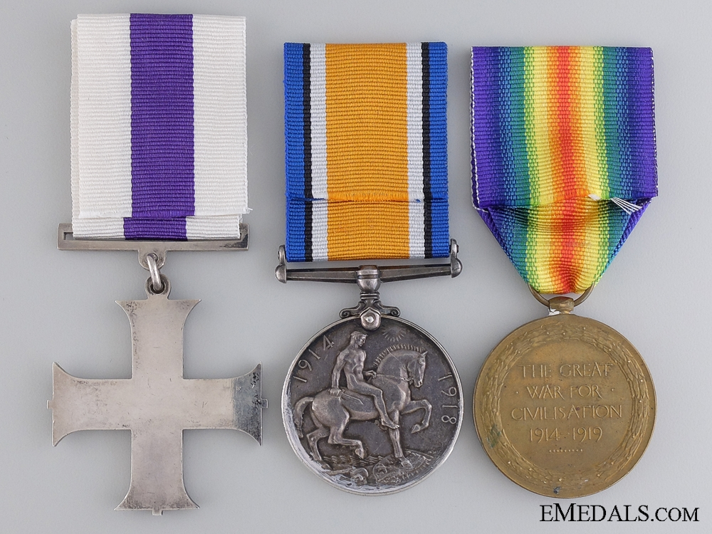 A First War Canadian Military Cross for the Rescue of Wounded Officer