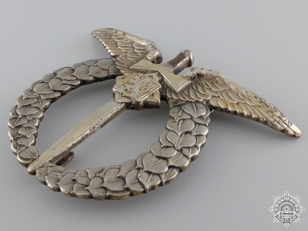 A Second War Czech Pilot's Badge in Silver