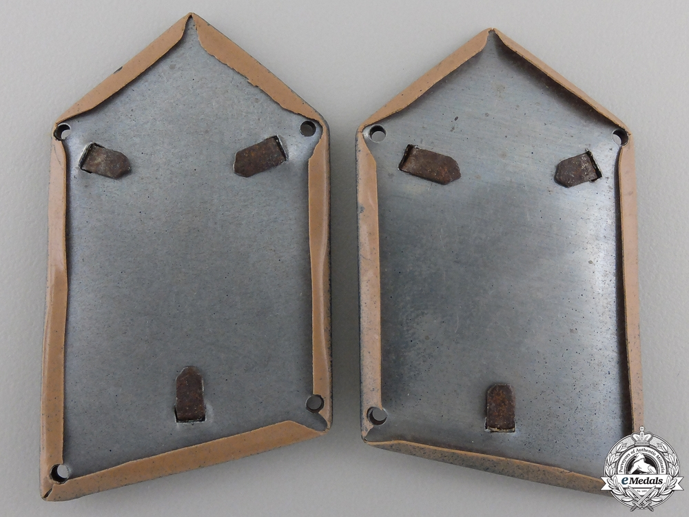 A Set of Second War Croatian Collar Tabs of Armoured Units