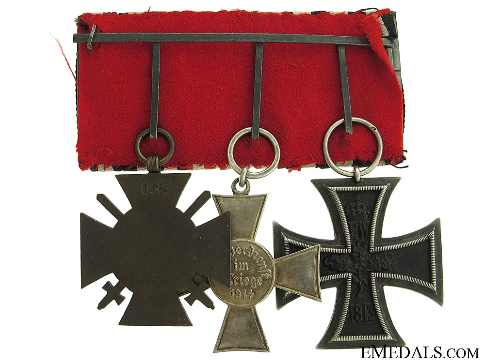 WWI Medal bar with 3 Awards
