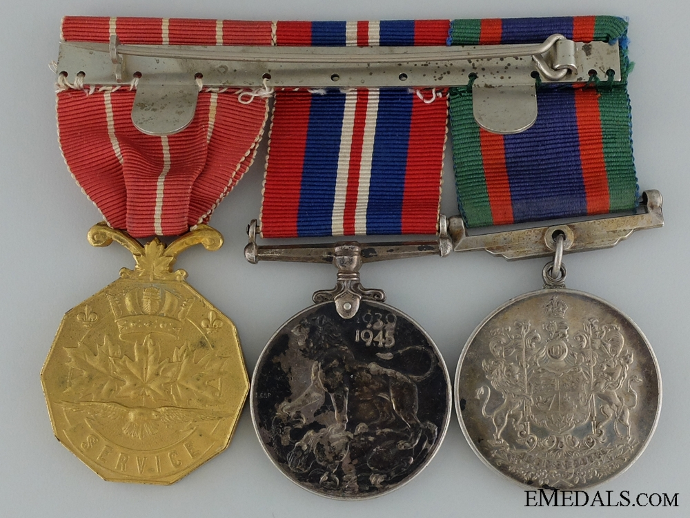 A Canadian Forces Decoration Medal Bar to C.E. Ross RCAF