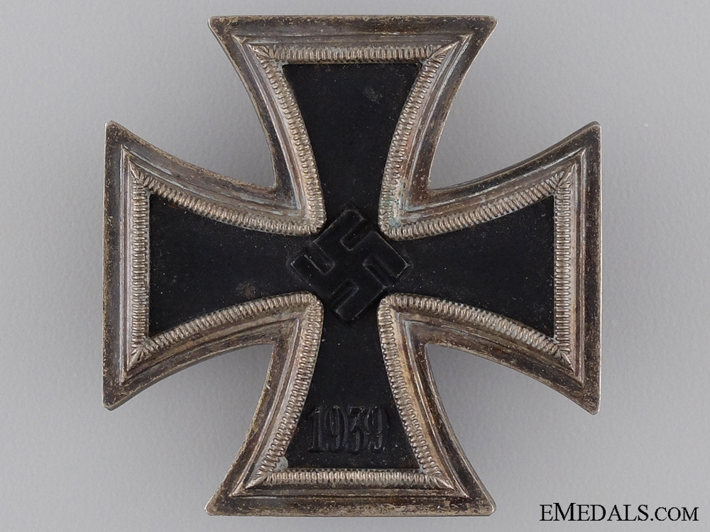 1939 First Class Iron Cross with Case of Issue