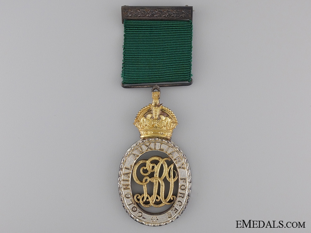 Colonial Auxiliary Forces Officer Decoration with Case of Issue