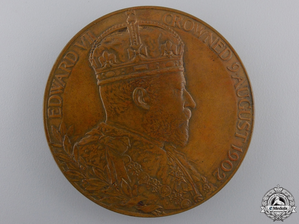 An King Edward VII and Queen Alexandra Coronation Medal