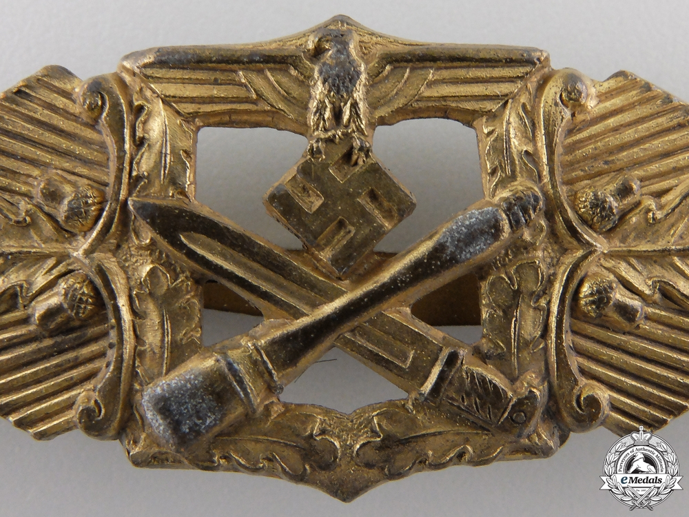 A Gold Grade Close Combat Clasp & Document to the 3rd Panzer Regiment