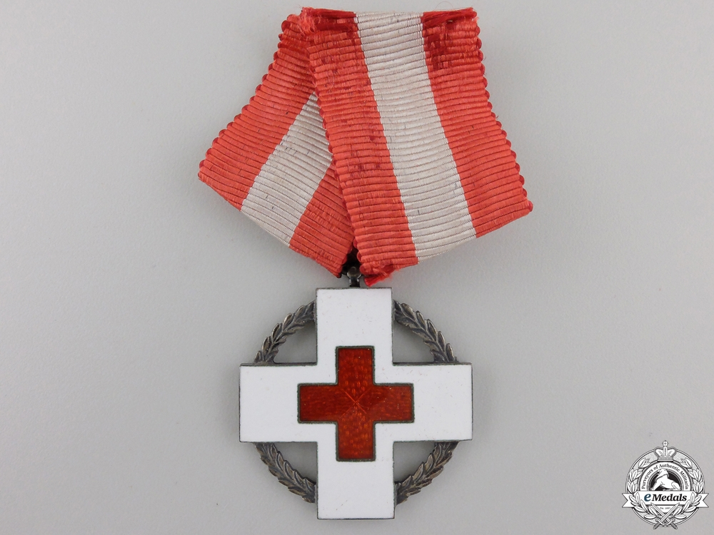 A Danish Red Cross Decoration with Case