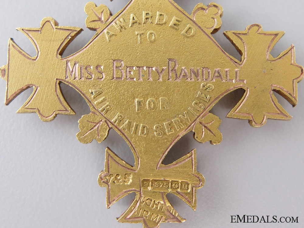 A Rare WWI Gold Presentation Medal for Aid During Zeppelin Raids
