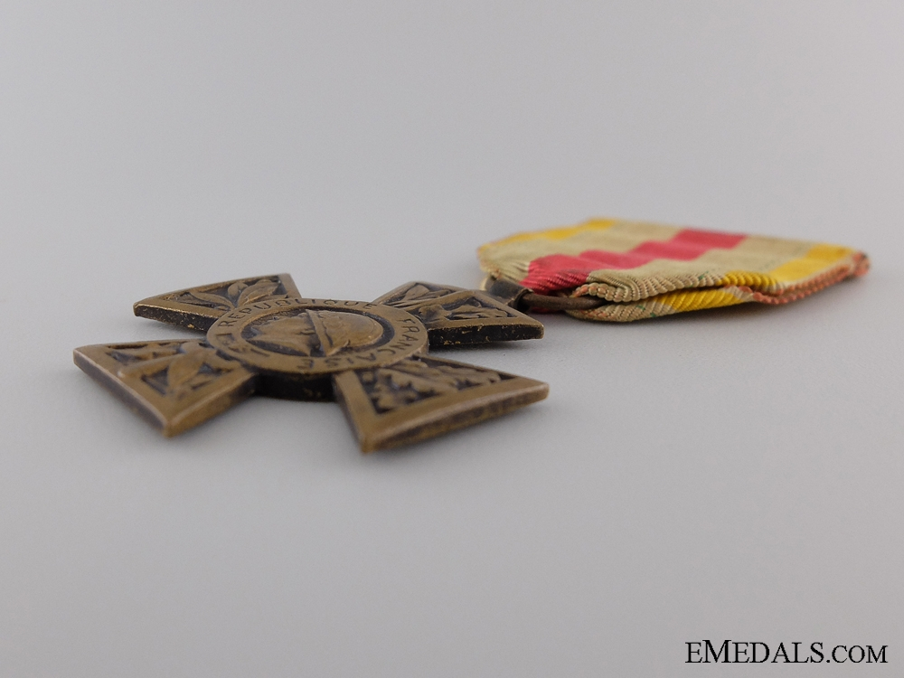 A First War French Volunteer Combatant's Cross 1914-1918