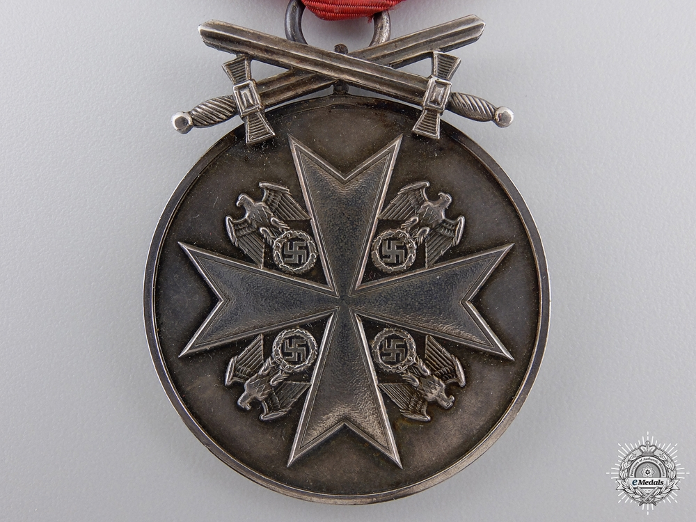 A German Eagle Order; Silver Merit Medal with Case by PR. MÜNZE