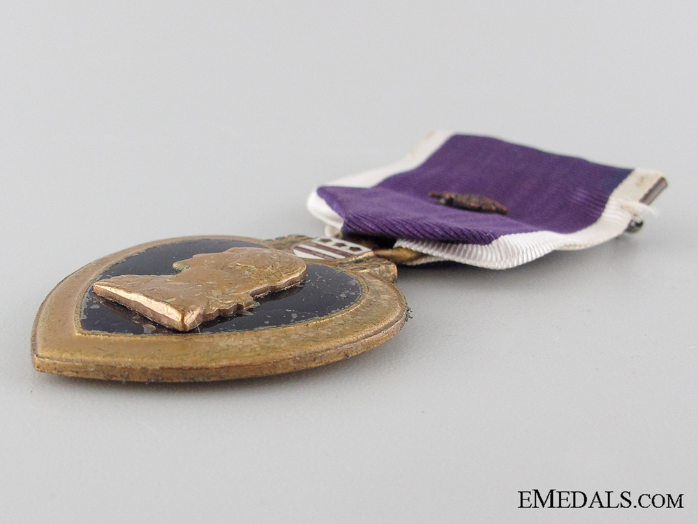 WWI Pair Purple Heart Pair to the 102nd Infantry