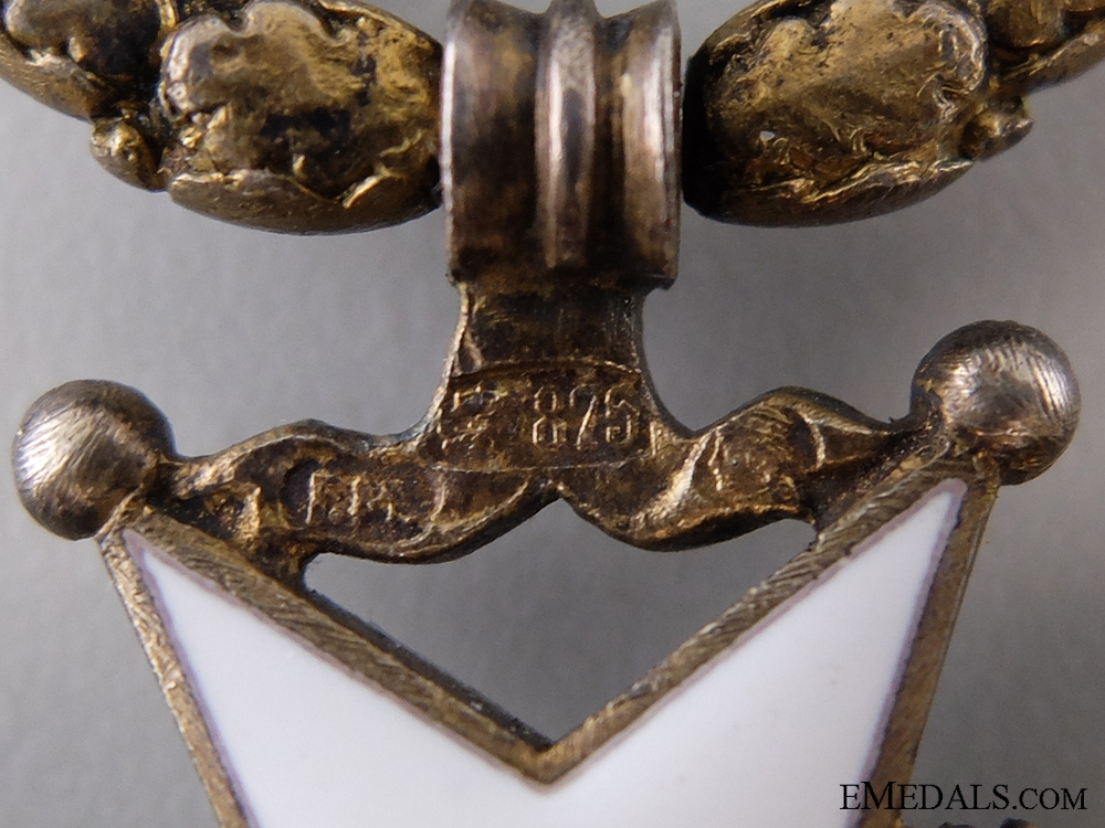 A Latvian Order of the Three Stars; Knight's Breast Badge, Fifth Class