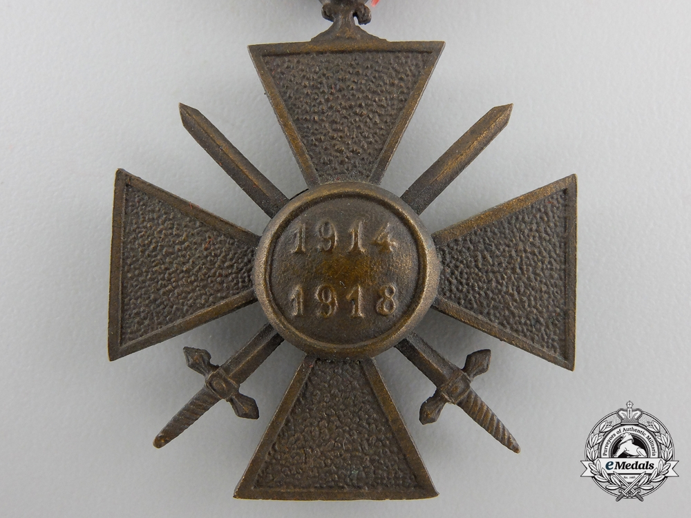 A First War French War Cross 1914-1918 with Case