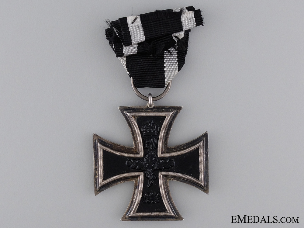 Iron Cross Second Class 1914; Marked with Case of Issue