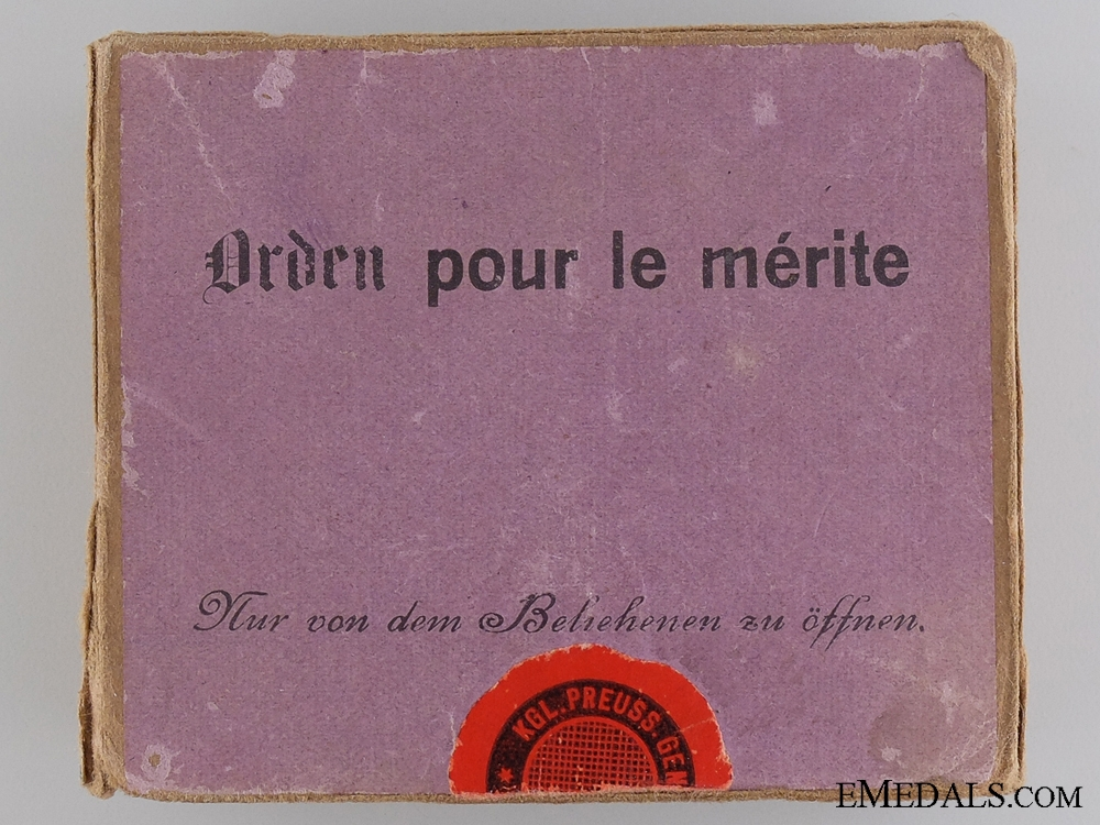A First War Pour le Merite Case and Outer Cartonage