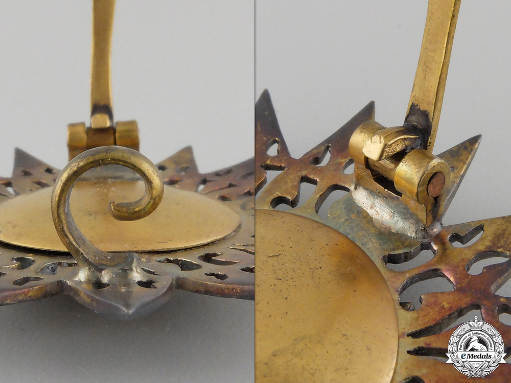 A Thai Order of the White Elephant: Breast Star Set