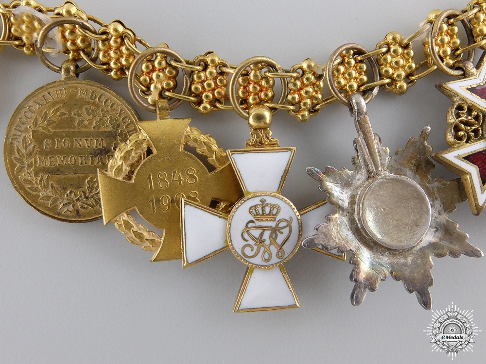 An Outsanding Austrian Miniature Award Chain in Gold by Rothe