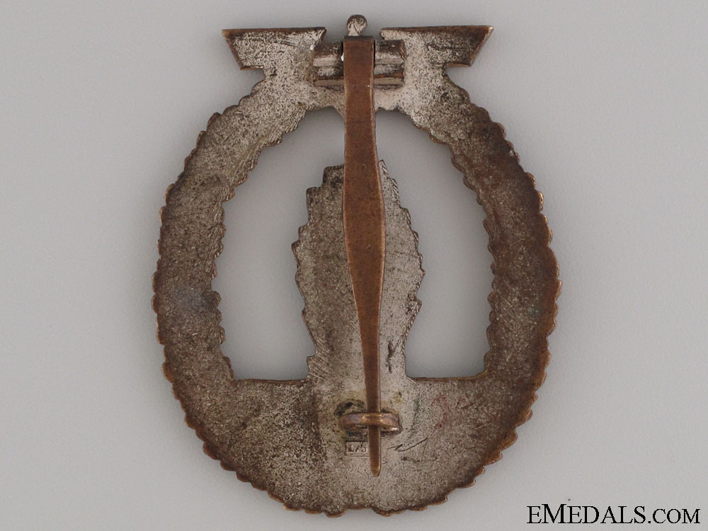 An Early Minesweeper War Badge - Marked L/53