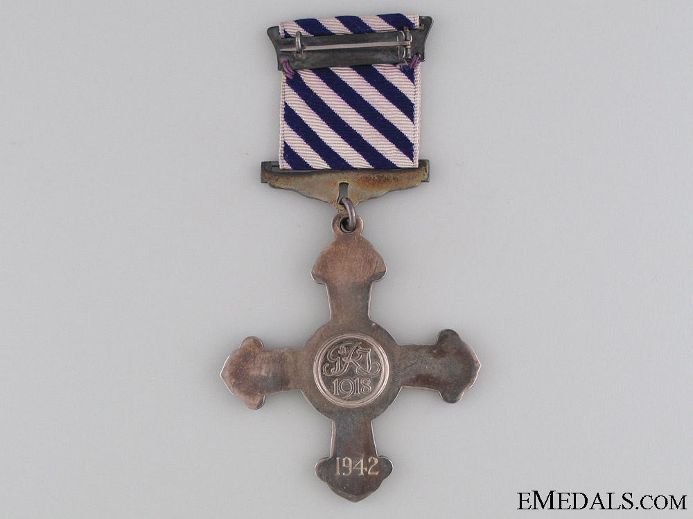 A 1942 Distinguished Flying Cross in Cased