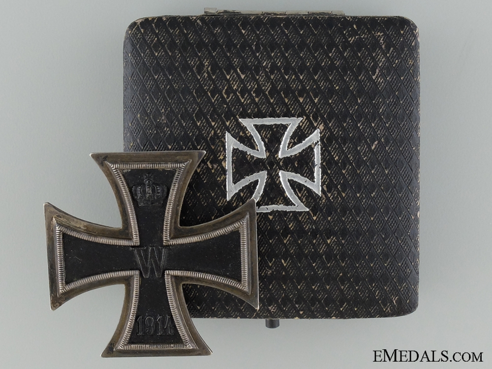 An Iron Cross First Class 1914 by K.A.G.; With Case of Issue