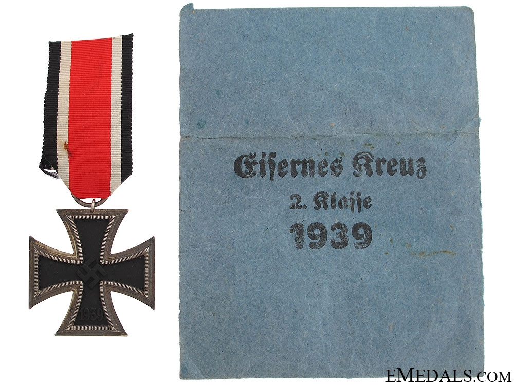 Iron Cross Second Class 1939 with Pocket of Issue