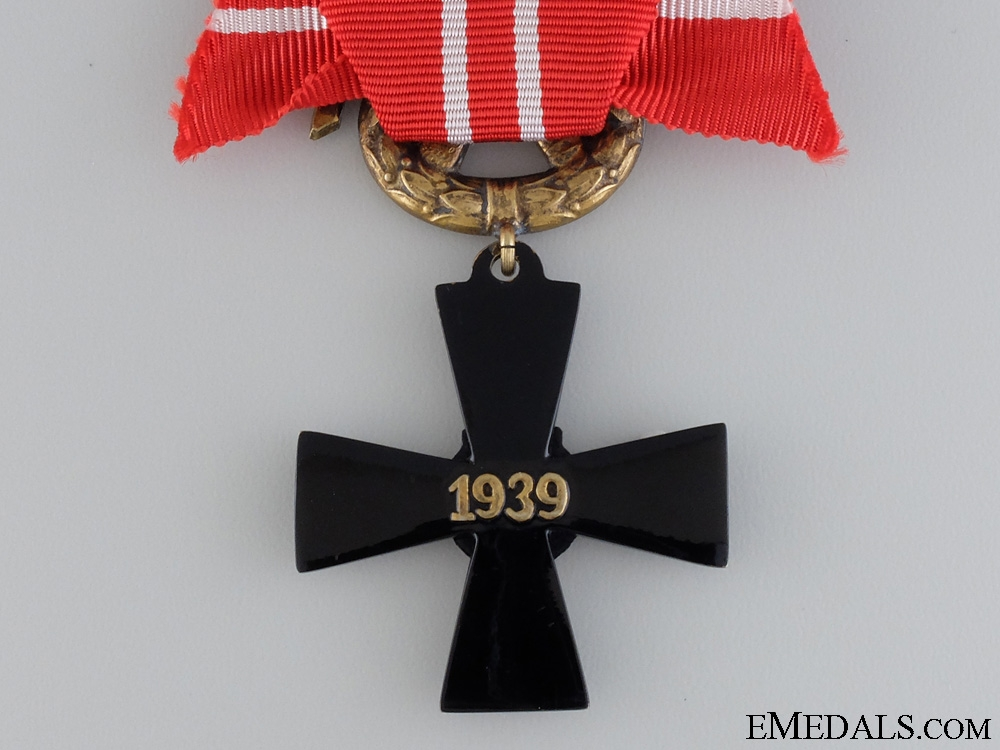 The Order of the White Rose of Finland; Officer's Cross