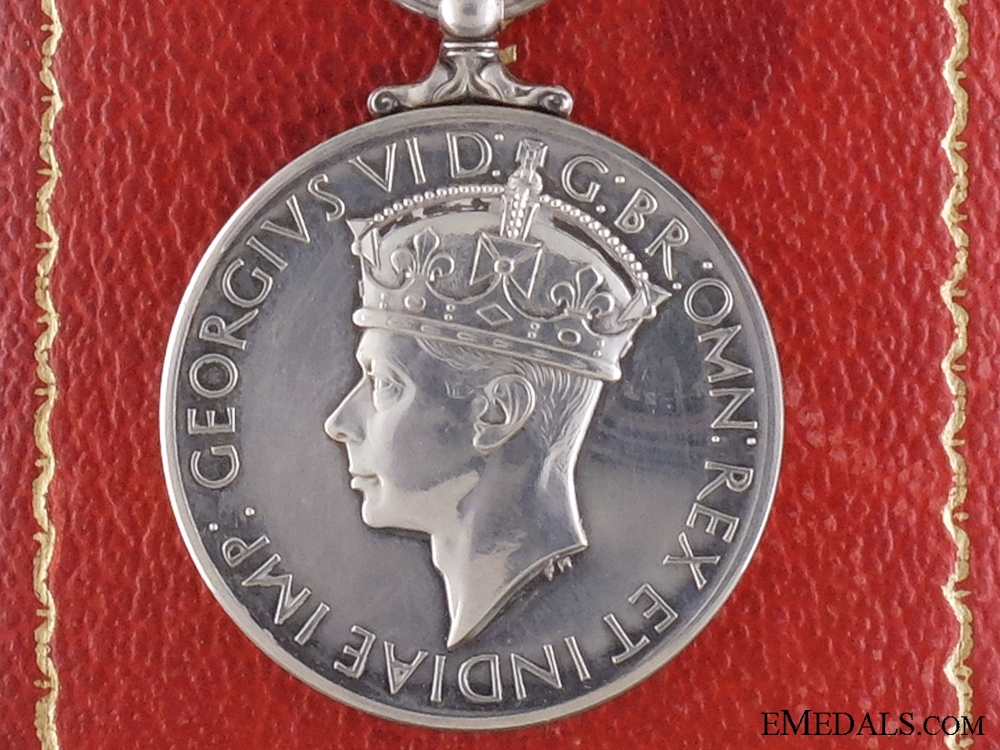 The George Medal for 1944 Burton-on-Trent RAF Depot Explosion  CONSIGNMENT 20