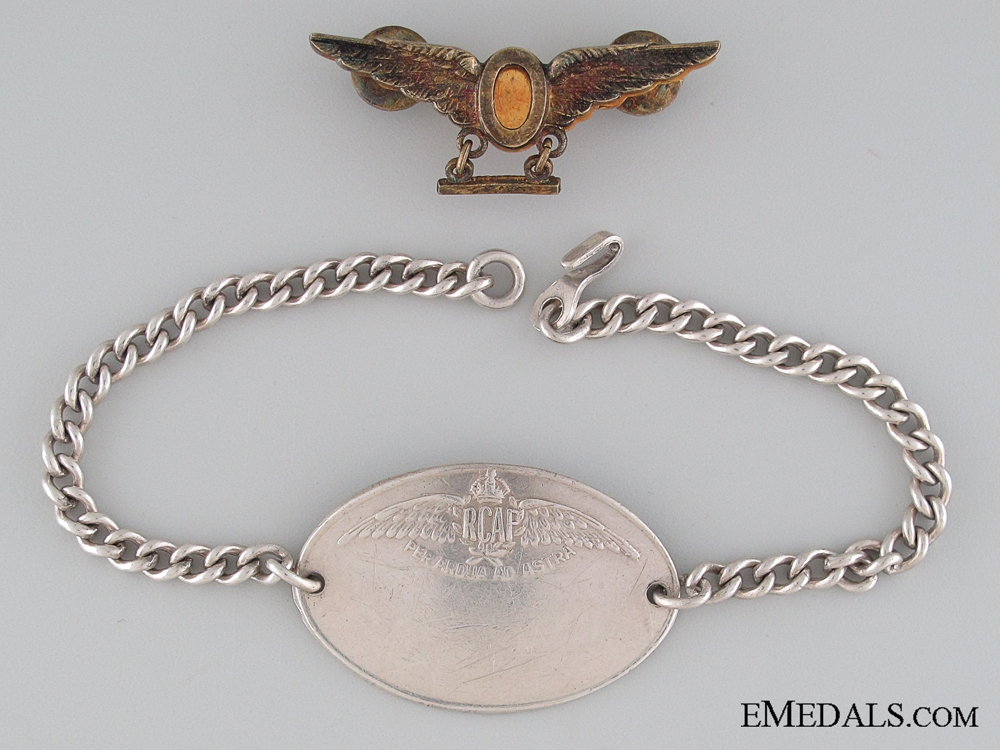 WWII Royal Canadian Air Force Operations Wings Badge & ID Tag